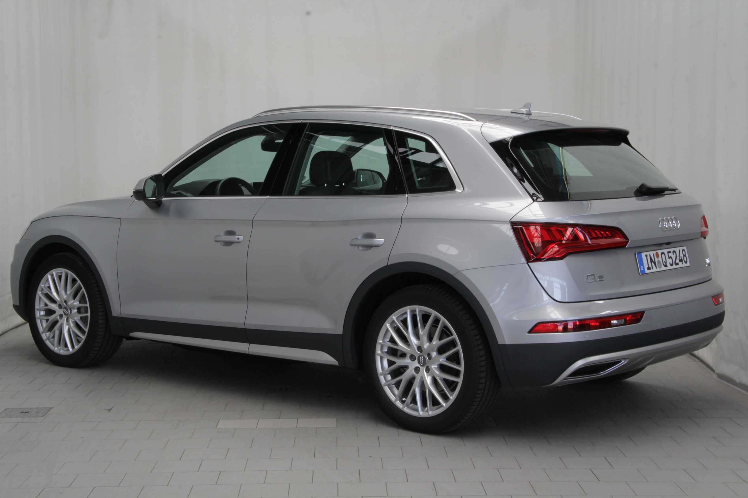 audi q5 2 0 tdi test complet prix sp cifications. Black Bedroom Furniture Sets. Home Design Ideas