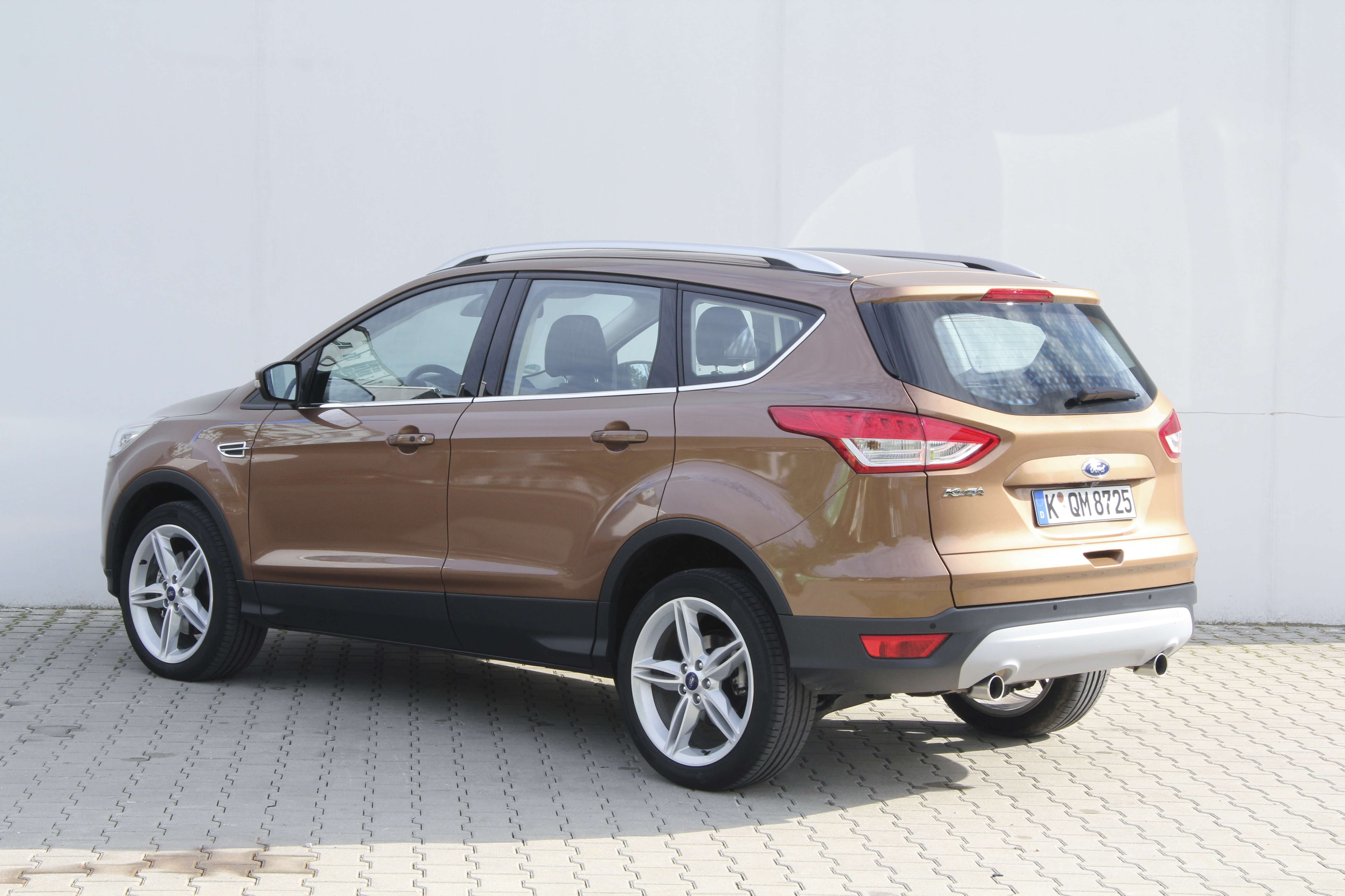 ford kuga test complet prix sp cifications. Black Bedroom Furniture Sets. Home Design Ideas