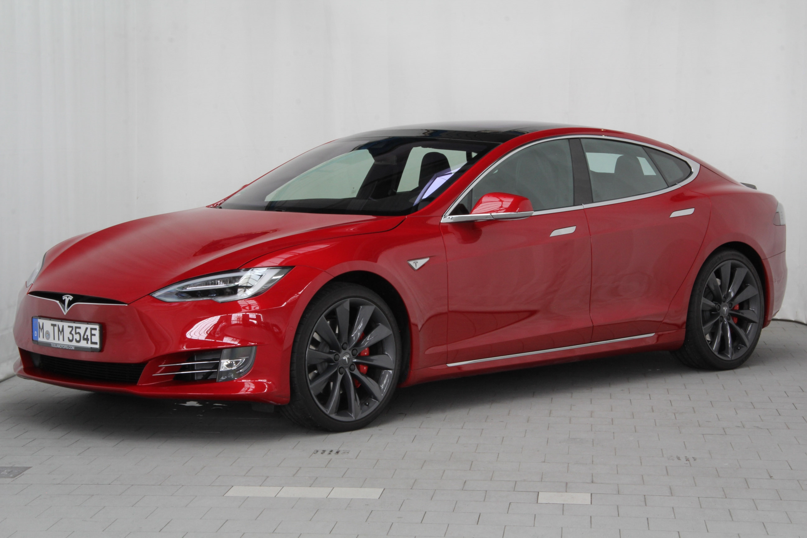 tesla model s test complet prix sp cifications. Black Bedroom Furniture Sets. Home Design Ideas
