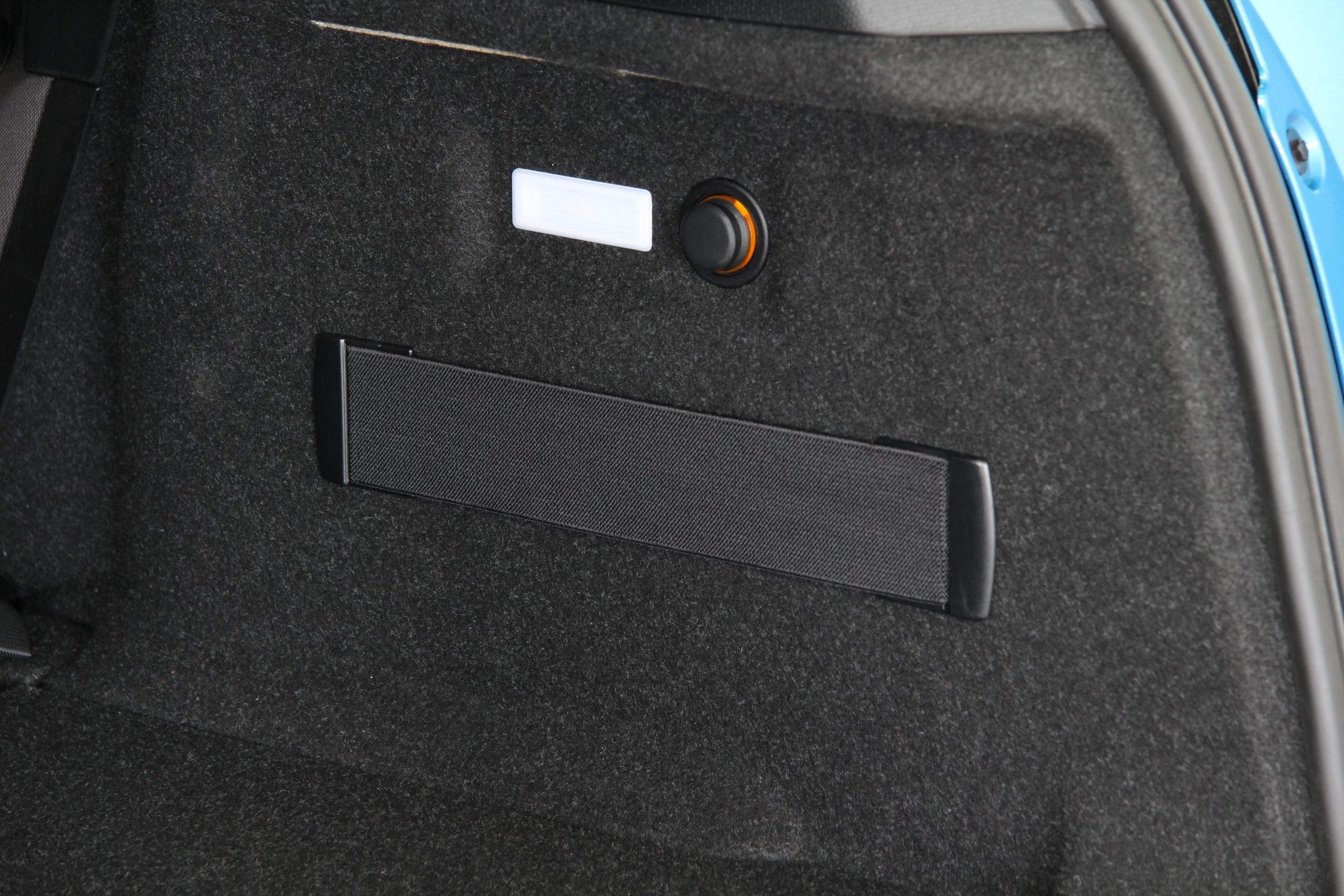 bmw i3 test prijzen en specificaties. Black Bedroom Furniture Sets. Home Design Ideas